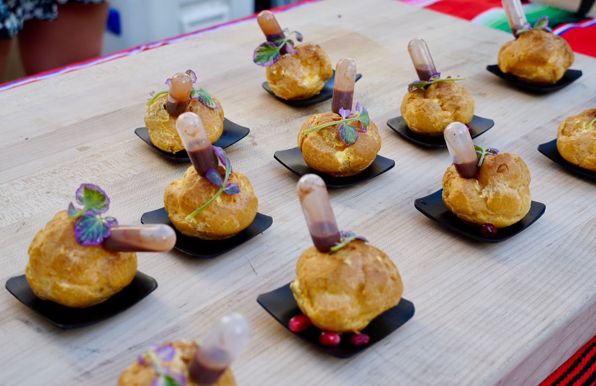 The 2019 AltaMed Food and Wine Festival at LA Live. Photo by Foodie Biz.
